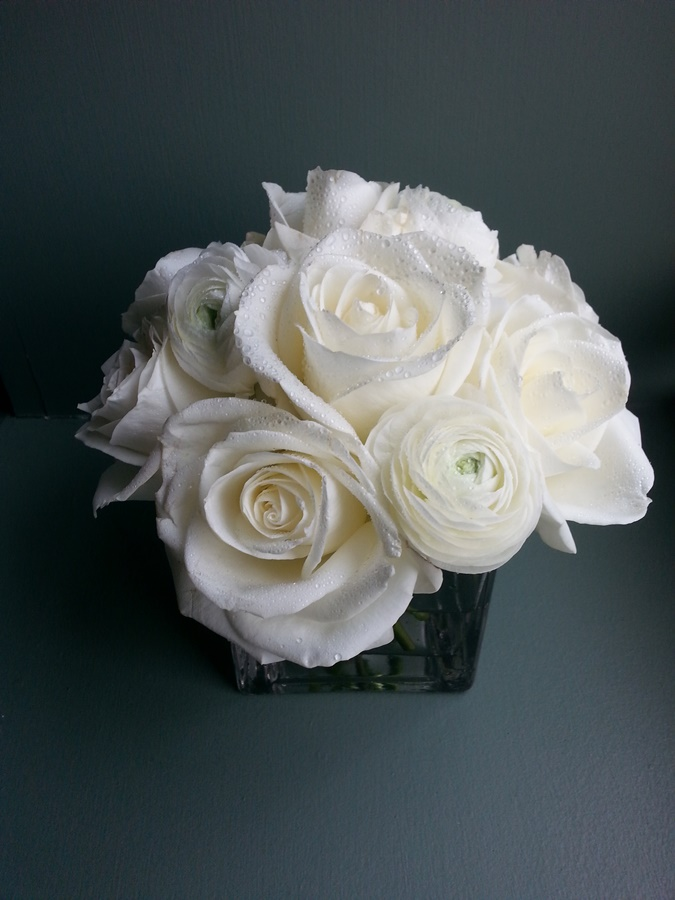 elegant white rose and ranonculus